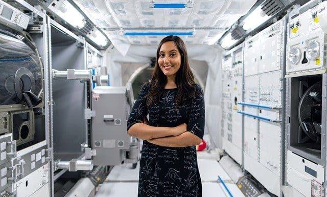 Kobieta w branzy kosmicznej
