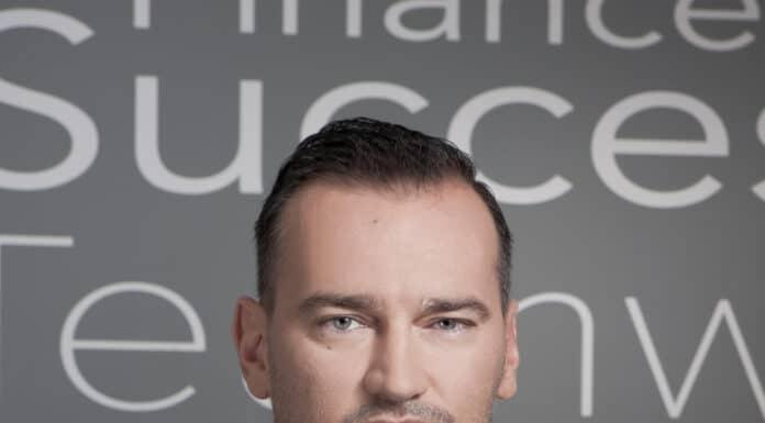 Jakub Łańcucki – Ebury