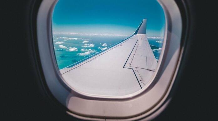 samolot turystyka podróże