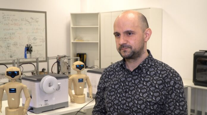 Trwają prace nad sztuczną inteligencją naśladującą ludzki mózg. Według naukowców